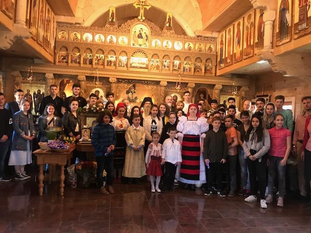 Sfanta Liturghie pascala panortodoxa cu elevii 9. 04. 2108